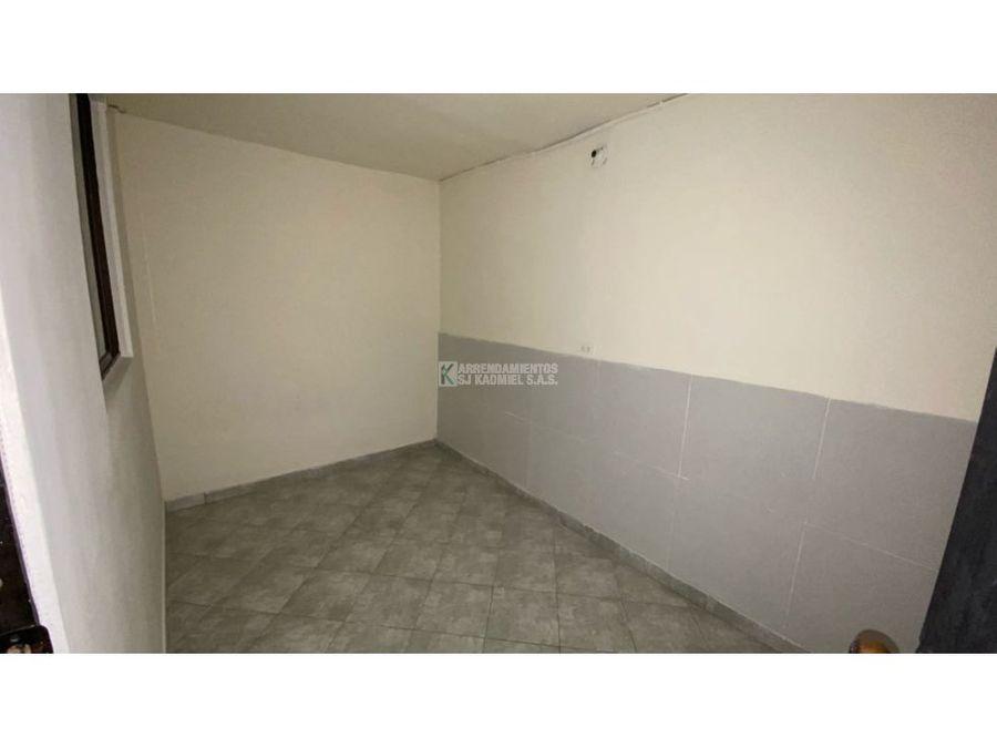 casa en arriendo en villa guadalupe aranjuez cod a15 192