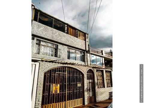 casa en barrio carvajal de 7 mts frente x 25 mts de fondo