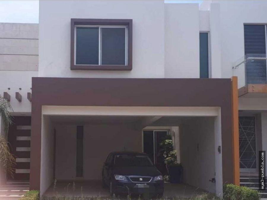 casa en lomas 1