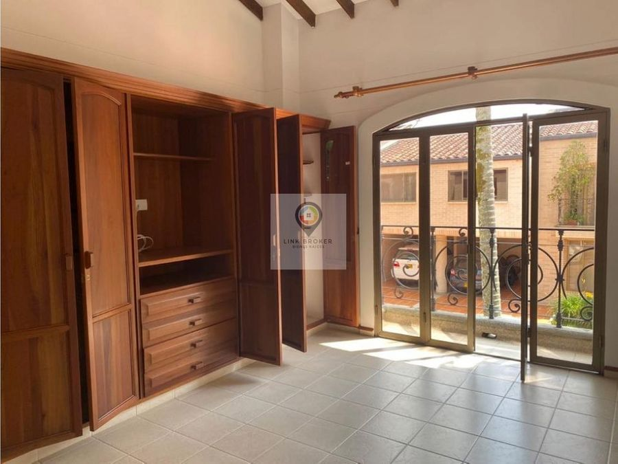 venta espectacular casa sector de alamos pereira
