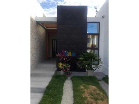 casa en manta beach 1 planta acabados de lujo