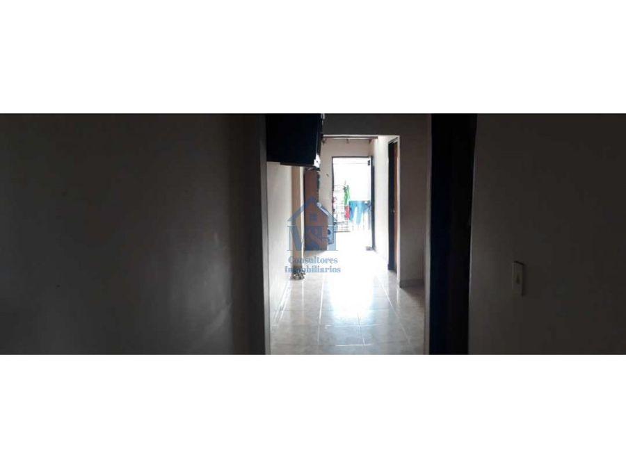 casa en segundo piso con aire aranjuez medellin