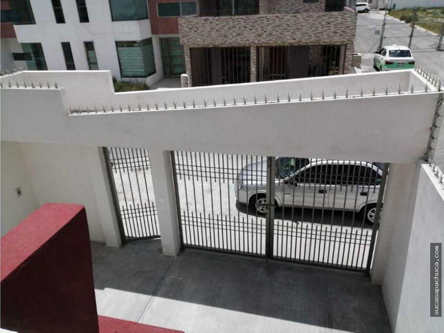 casa en renta cerca de plaza explanada de 4 recamaras
