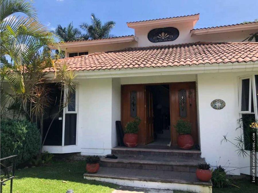 casa en renta por ano en lomas de cocoyoc