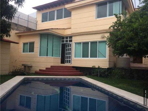 casa en venta con amplia alberca