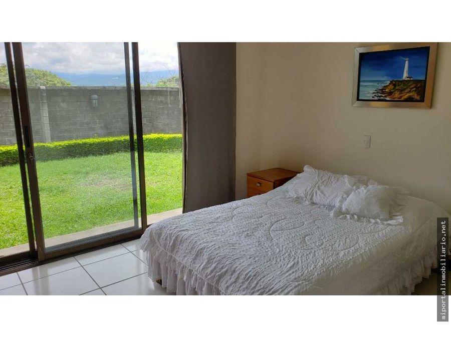 casa en venta con extraordinaria vista panoramica