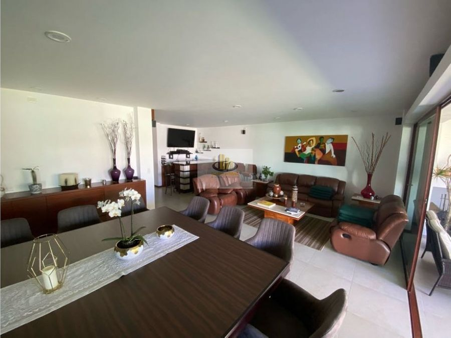casa en venta con inmenso jardin zona atlixcayotl