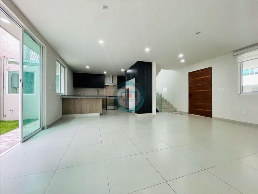 casa en venta con roof garden en san mateo atenco limite metepec