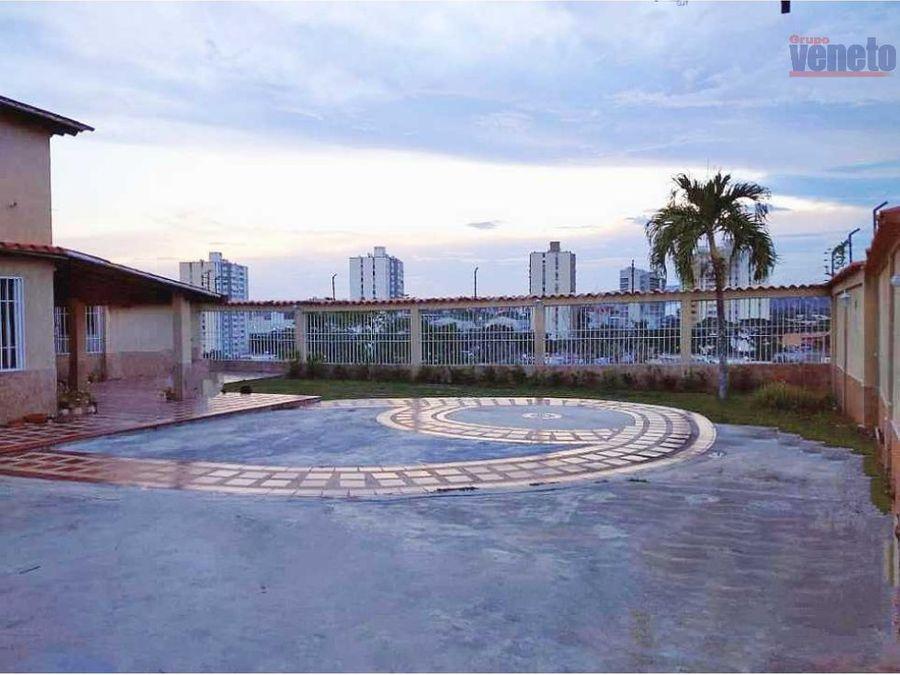 casa en venta conjunto los naranjo urb parque res los cardones bqto