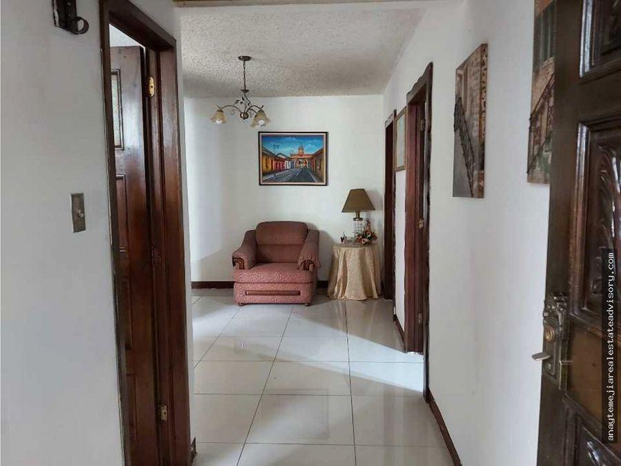 casa en venta en colonia lourdes zona 16