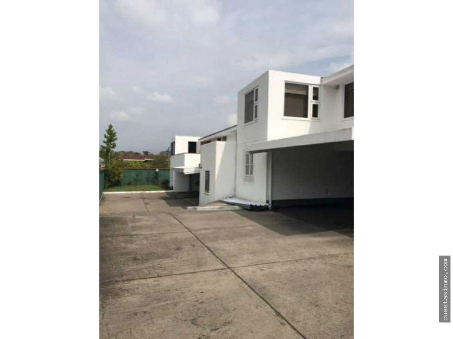 casa en venta en condominio en elgin ii zona 13 1