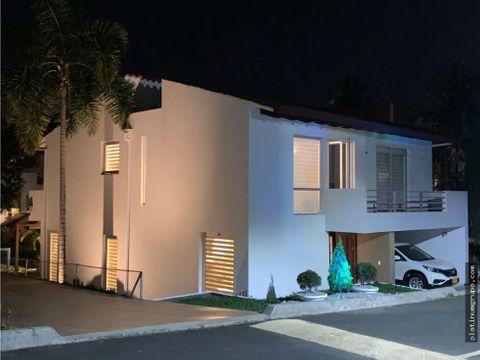 casa en venta en condominio en ciudad jardin cc