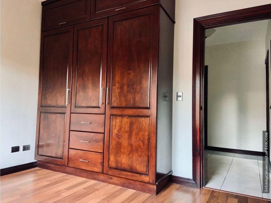 casa en venta en condominio guacima alajuela