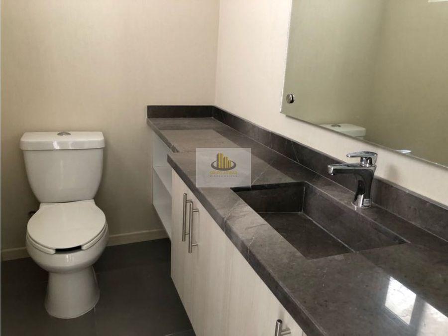casa en venta en clarenza residencial a unos pasos de la uvm