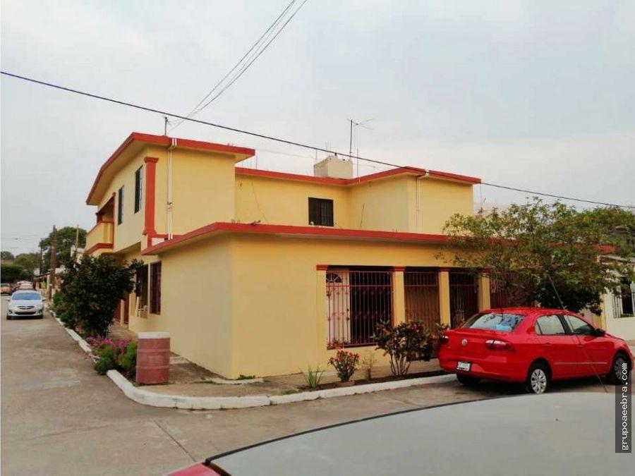 casa en venta en altamira muy amplia