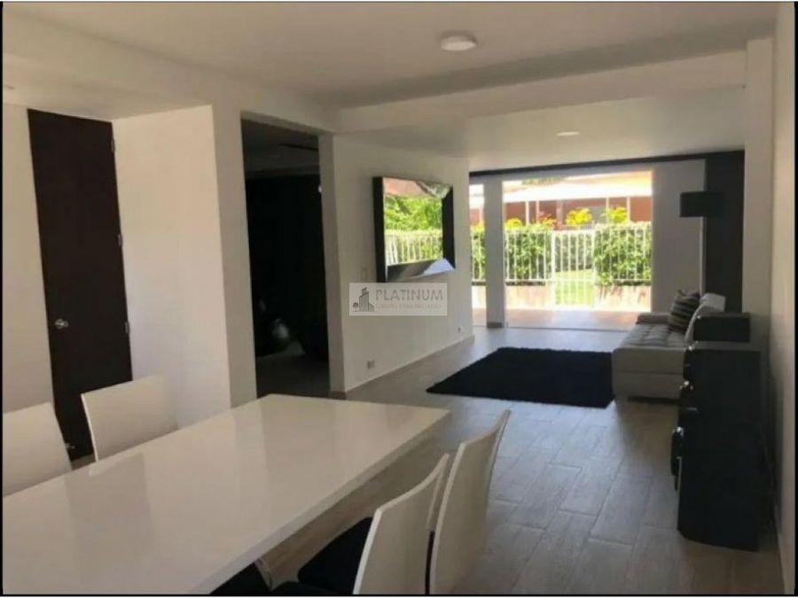 casa en venta en condominio en el castillo jamundi fd