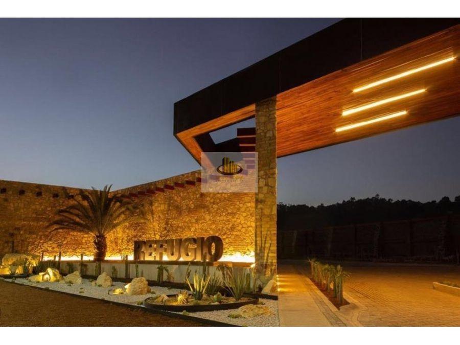 preciosa casa en venta en el refugio en zerezotla