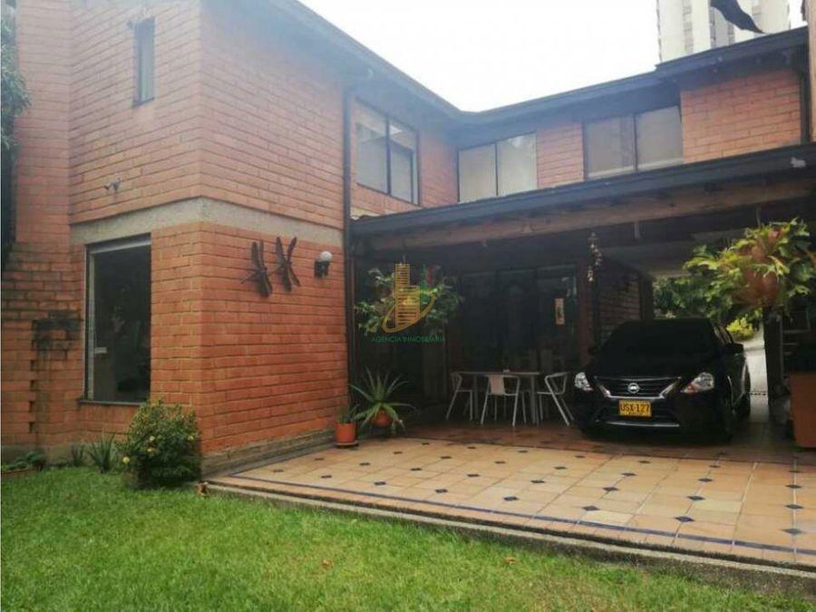 casa en venta en loma de los bernal