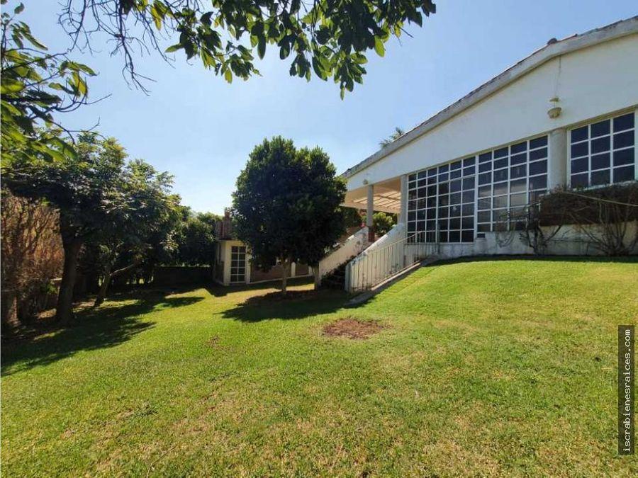 casa en venta con amplio jardin