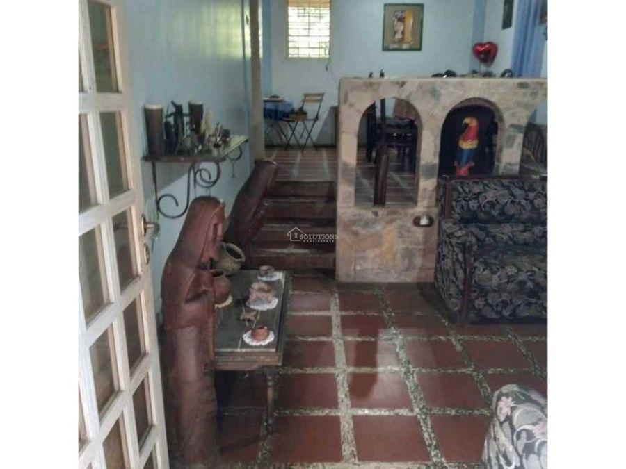casa en venta en lomas del manzano bqto reinaldo tona