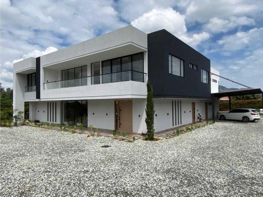 casa en venta en la ceja sector yarumos