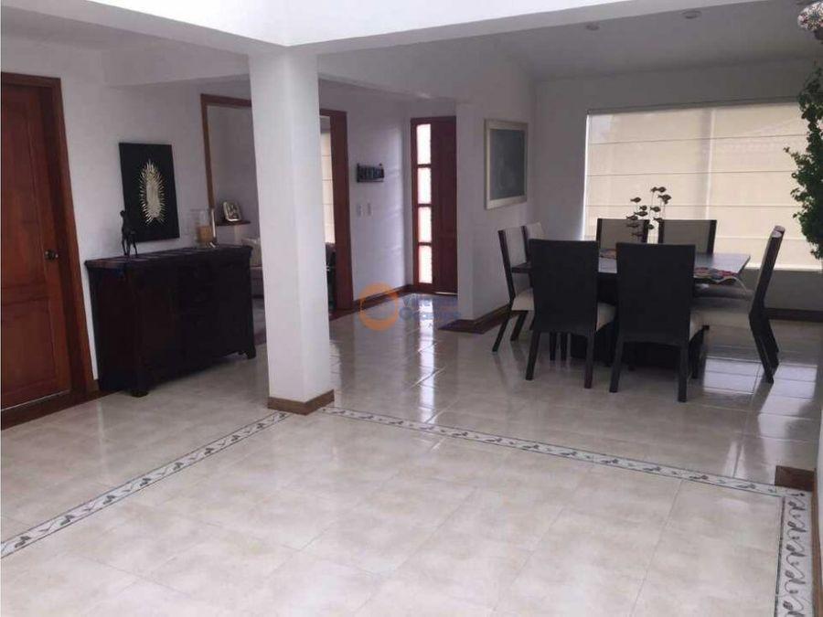 casa en venta en la alhambra manizales