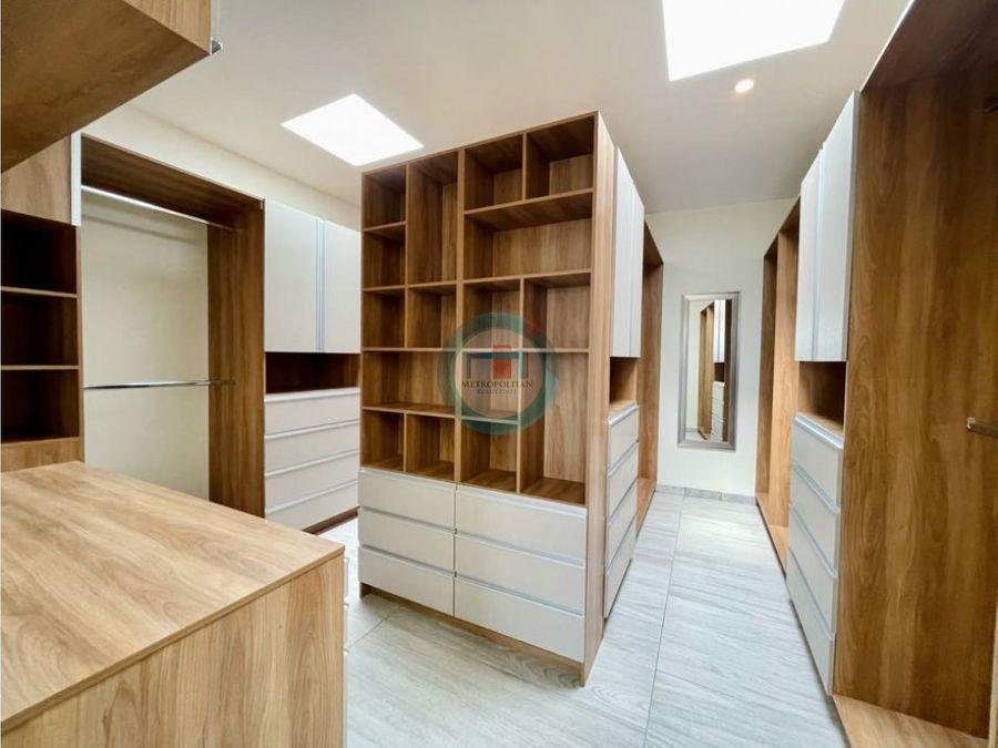 casa en venta en metepec por av tecnologico gran diseno arquitectonico