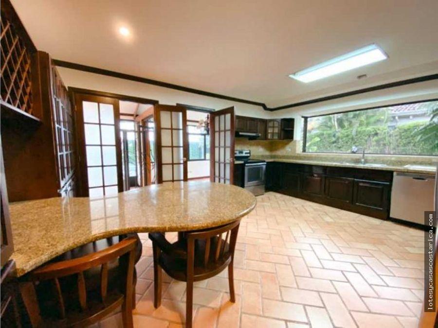 casa en venta o alquiler bosques de lindora
