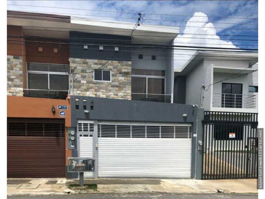 casa en venta o renta en zona residencial