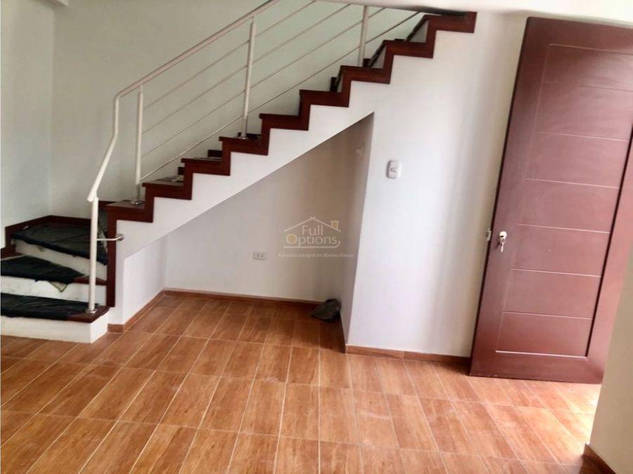 casa estreno cerro colorado 178000
