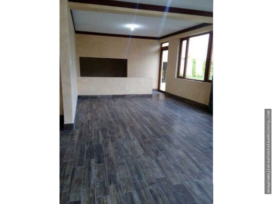 casa ideal p oficina en venta y renta en la isla zona 15