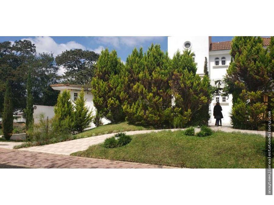 casa lujosa en venta en la foresta cayala