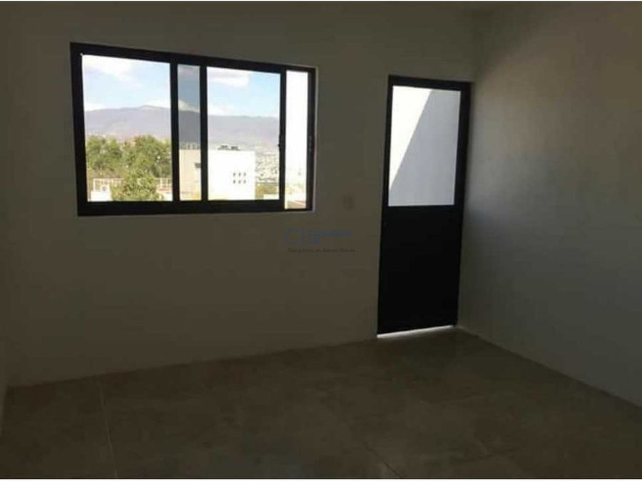 casa moderna y nueva a buen precio