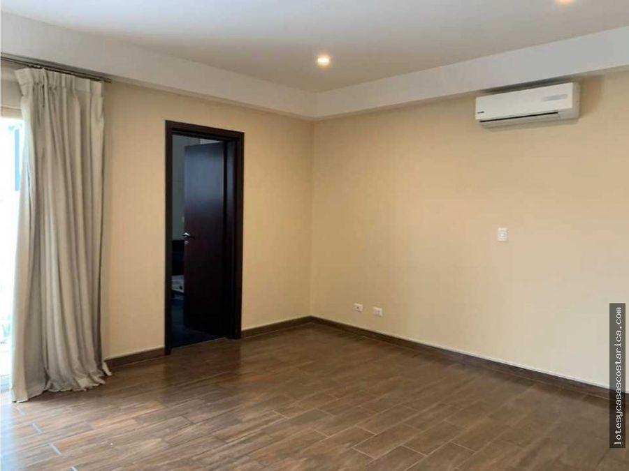 casa moderna para venta y alquiler en condominio ubicado en escazu