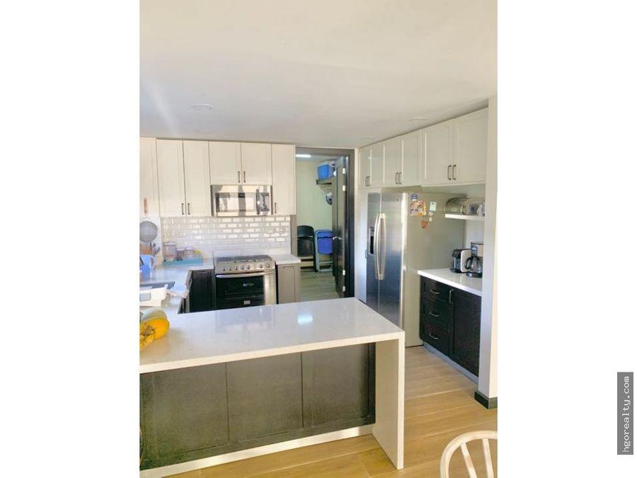 casa moderna en condominio privado en escazu