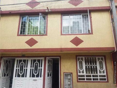 casa negocio de 5 apartamentos en bogota 001