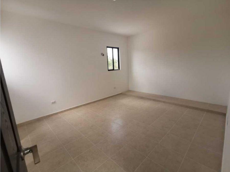 casa nueva de dos pisos en conkal
