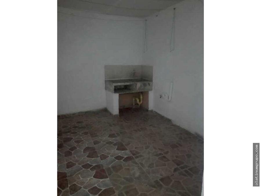 casa trifamiliar en venta en san carlos cali lg