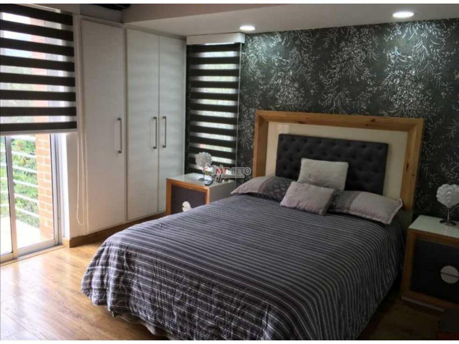 casa en condominio de 280 m2 cerrado de 4 alcobas av 19