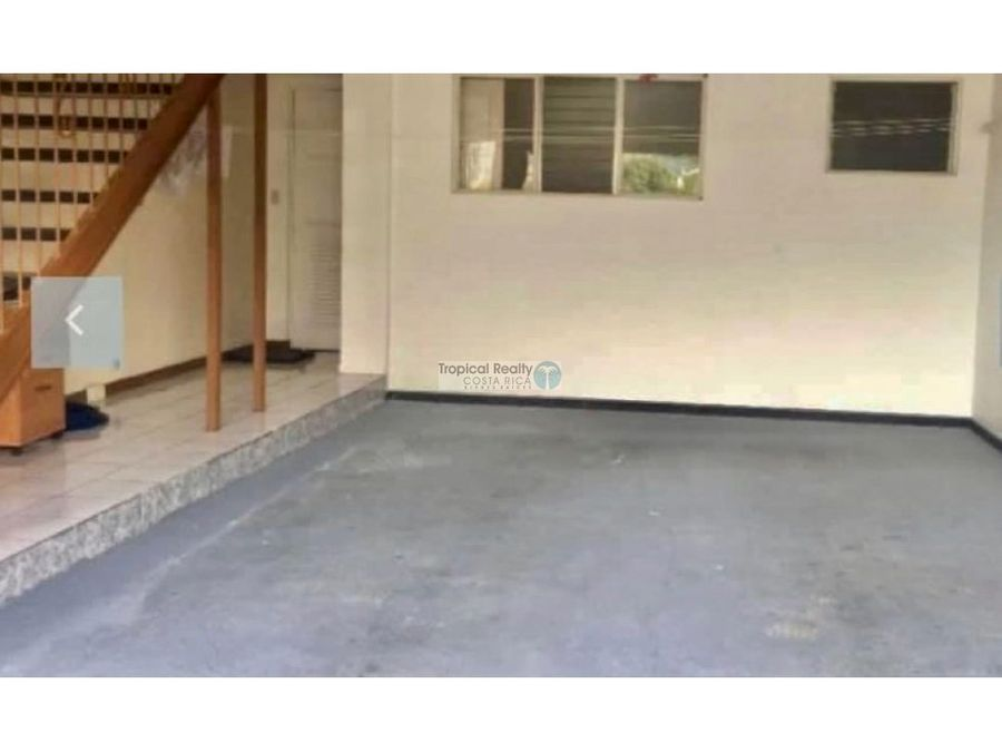 casa moderna para alquiler en residencial privado con seguridad 247