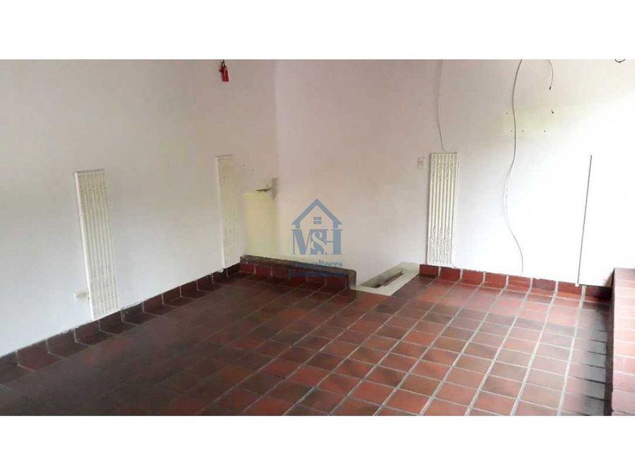 casa para inversion y venta de 3 niveles en brisas medellin ant