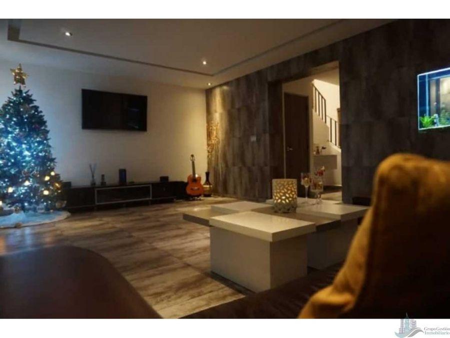 casa amoblada en versalles venta 5 rec