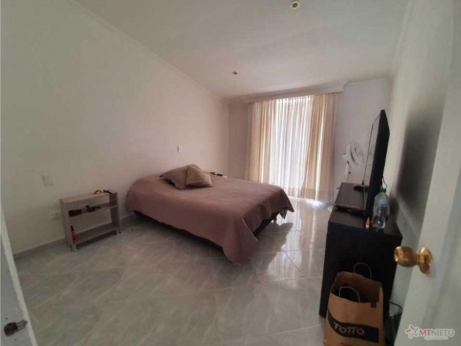 casa en condominio area 18608 m2 de 5 alcobas avenida 19 norte