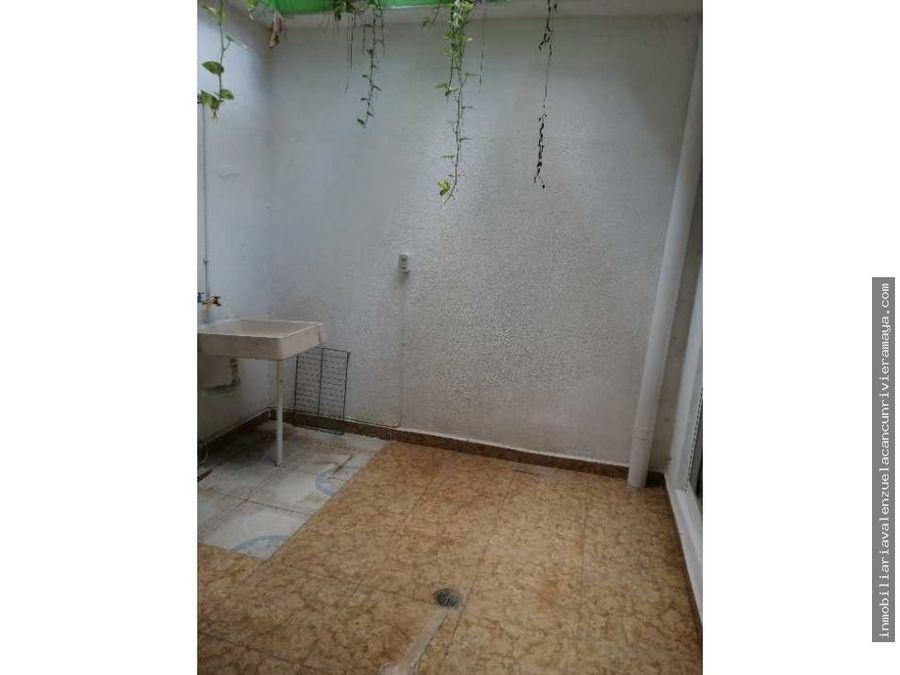 casa remodelada con departamento