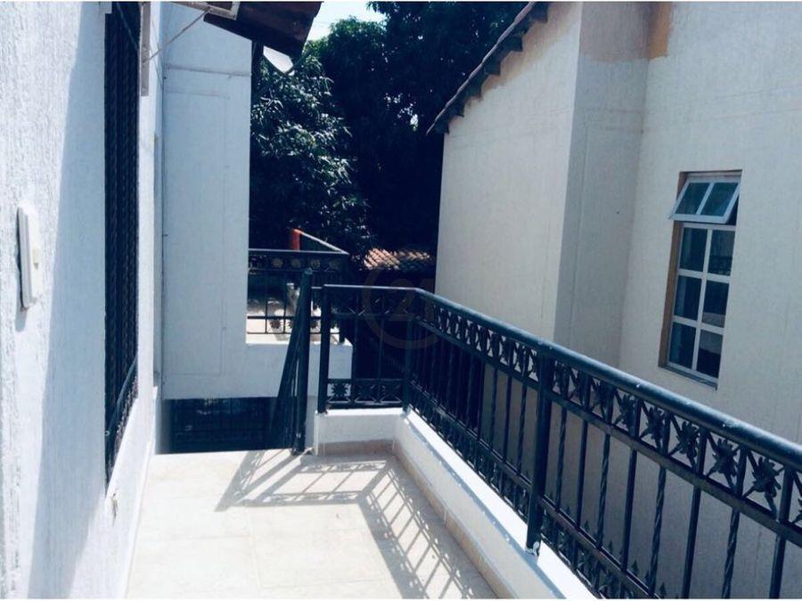 casa y apartaestudio balcones del libertador