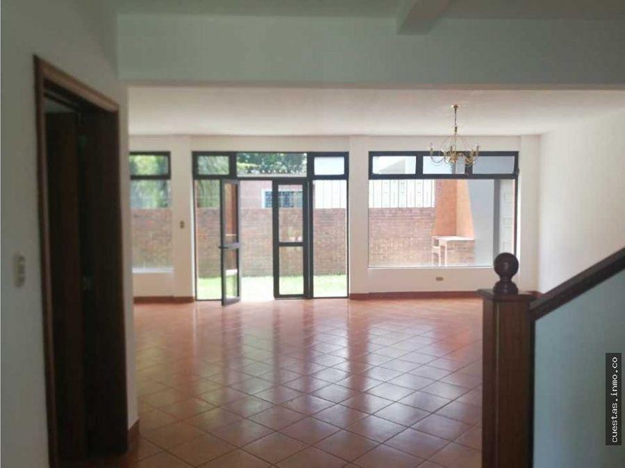 casa renta capuchinas zona 14 directo