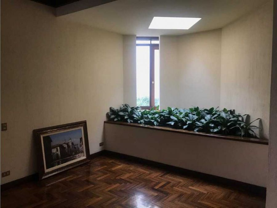 casaapartamento pinares de curridabat 500 000