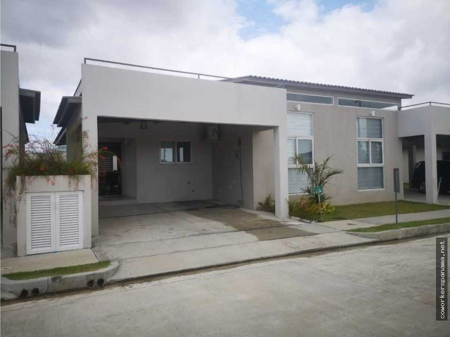 twin home villa sur