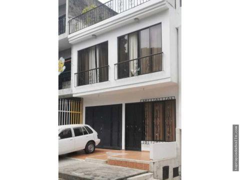 ciudad 2000 casa de 3 pisos