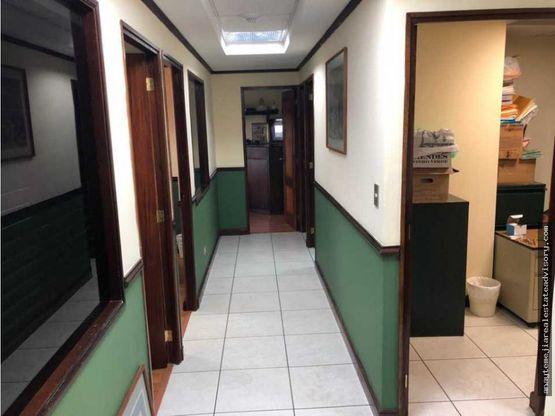 clinica medica en renta en zona 15